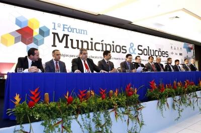 TV UCMMAT - Ari Zandoná participa do 1º Fórum Municípios e Soluções realizado pelo TCE-MT