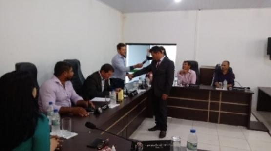 Vereadores de Rondolândia (MT) cassam mandato de prefeito e vice toma posse