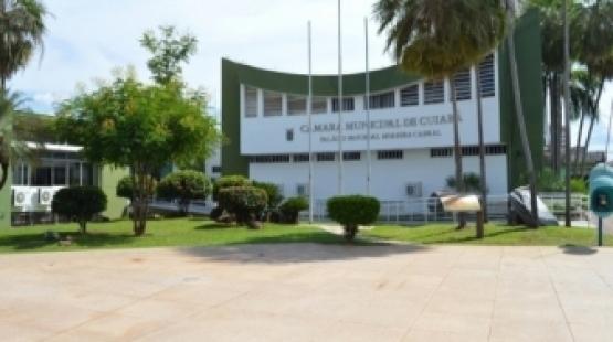 Cuiabá: Câmara realiza limpeza e revitaliza área externa durante recesso