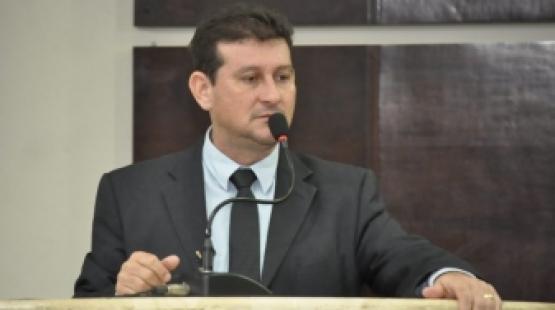 """Vereador critica """"propaganda"""" de Pátio sobre pagamento do RGA a servidores"""