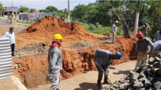 Rondonópolis: Vereador fiscaliza obra prevista para ser entregue em novembro