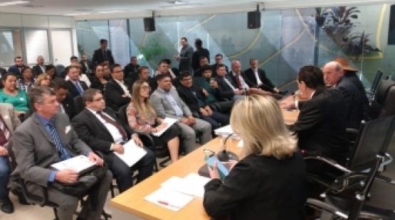 Vereadores vão a Brasília e pressionam bancada e governo por emendas para a região do Vale do Teles Pires