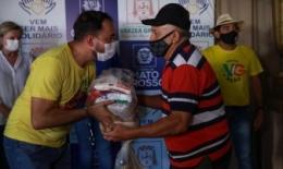 Ação da primeira-dama beneficia projeto social de VG com 150 cestas básicas